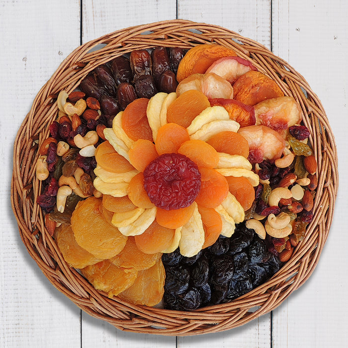 Summer Fruit & Nut Basket 32 oz