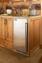 Perlick H50IMW-AD 15in ADA Compliant Clear Ice Maker With Panel Ready Hinge Reversible Door 27 lbs Ice Storage
