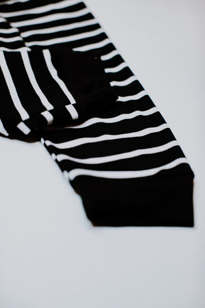 Load image into Gallery viewer, Joggers // Black & White Stripe