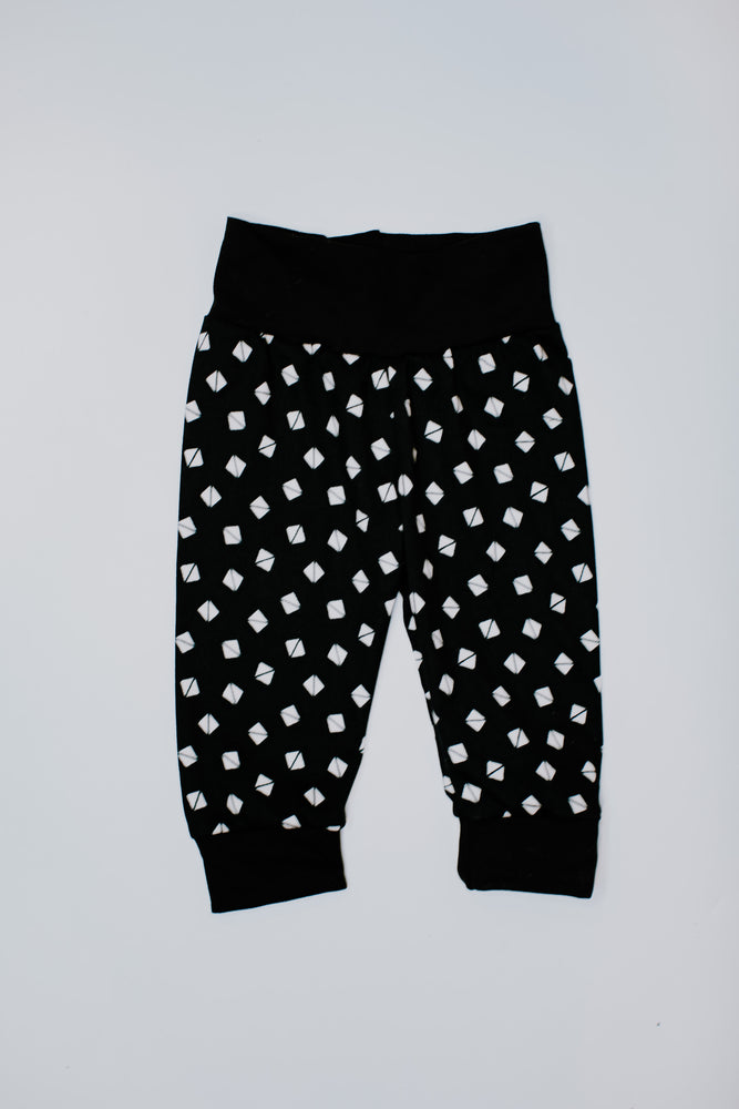 Joggers // Geometric Black & White