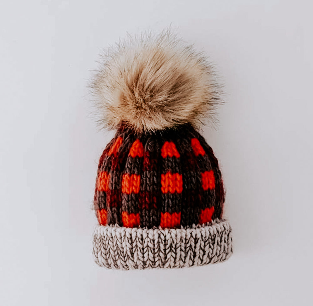 Load image into Gallery viewer, Buffalo Knit Pom Pom Beanie // Red