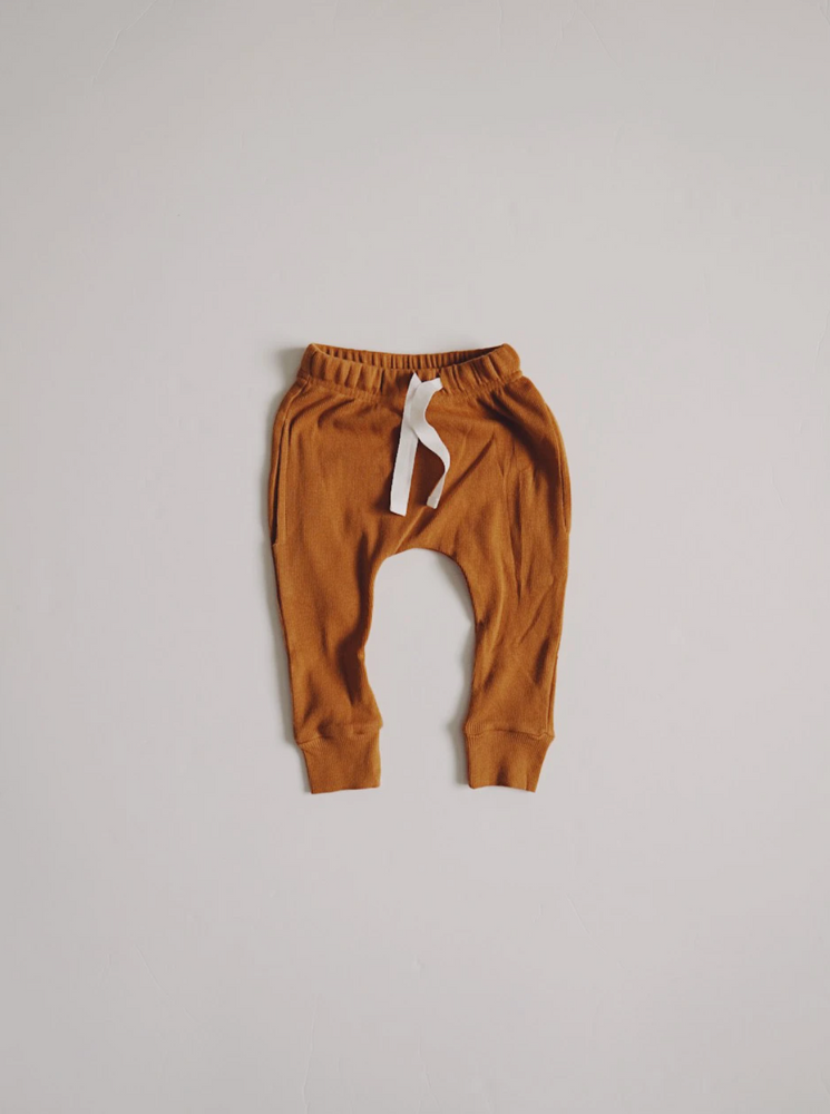 Load image into Gallery viewer, Ribbed Pocket Joggers // Autumn Maple