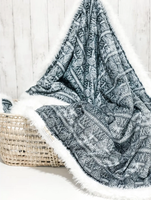 Load image into Gallery viewer, Vintage Moroccan Blanket // Grey