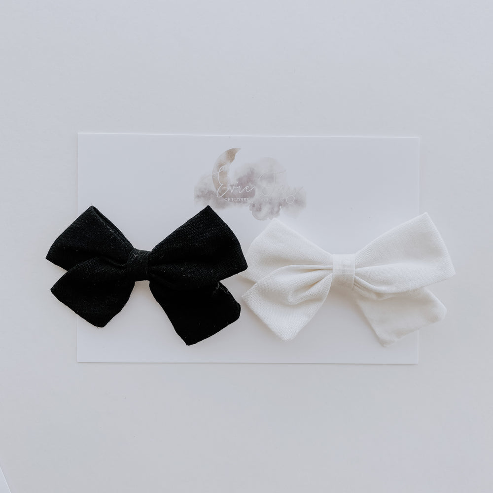 2 Pack Linen Bow Clips // White + Black