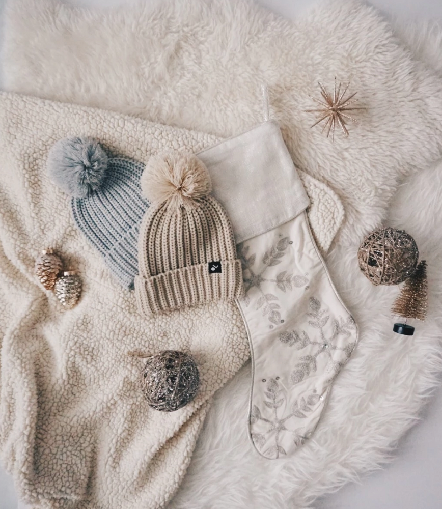 Load image into Gallery viewer, Knit Pom Beanie // Oatmeal