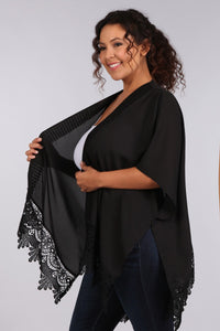 Feelin' Sassy- Kimono with Crochet Lace Detail - Curvy