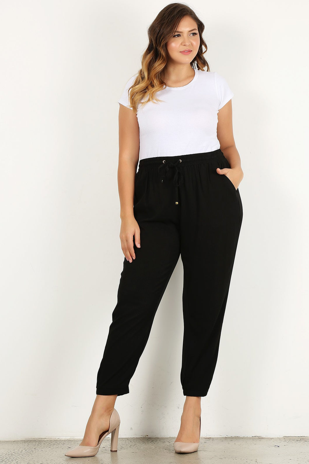 Business but Casual - Ankle Pants - Curvy