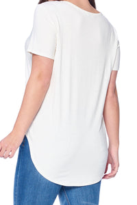 On Vacay- Soft White Graphic Tee - Curvy