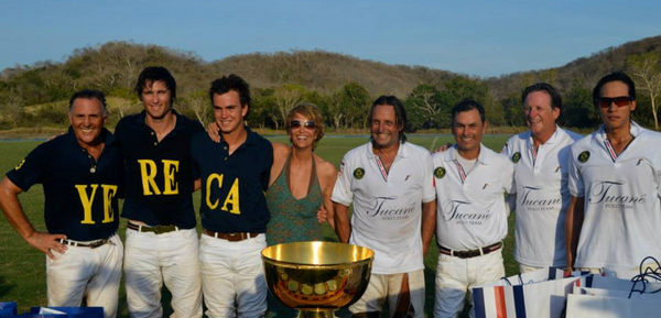 THE BEST OF AGUA ALTA CAREYES & GOLD CUP