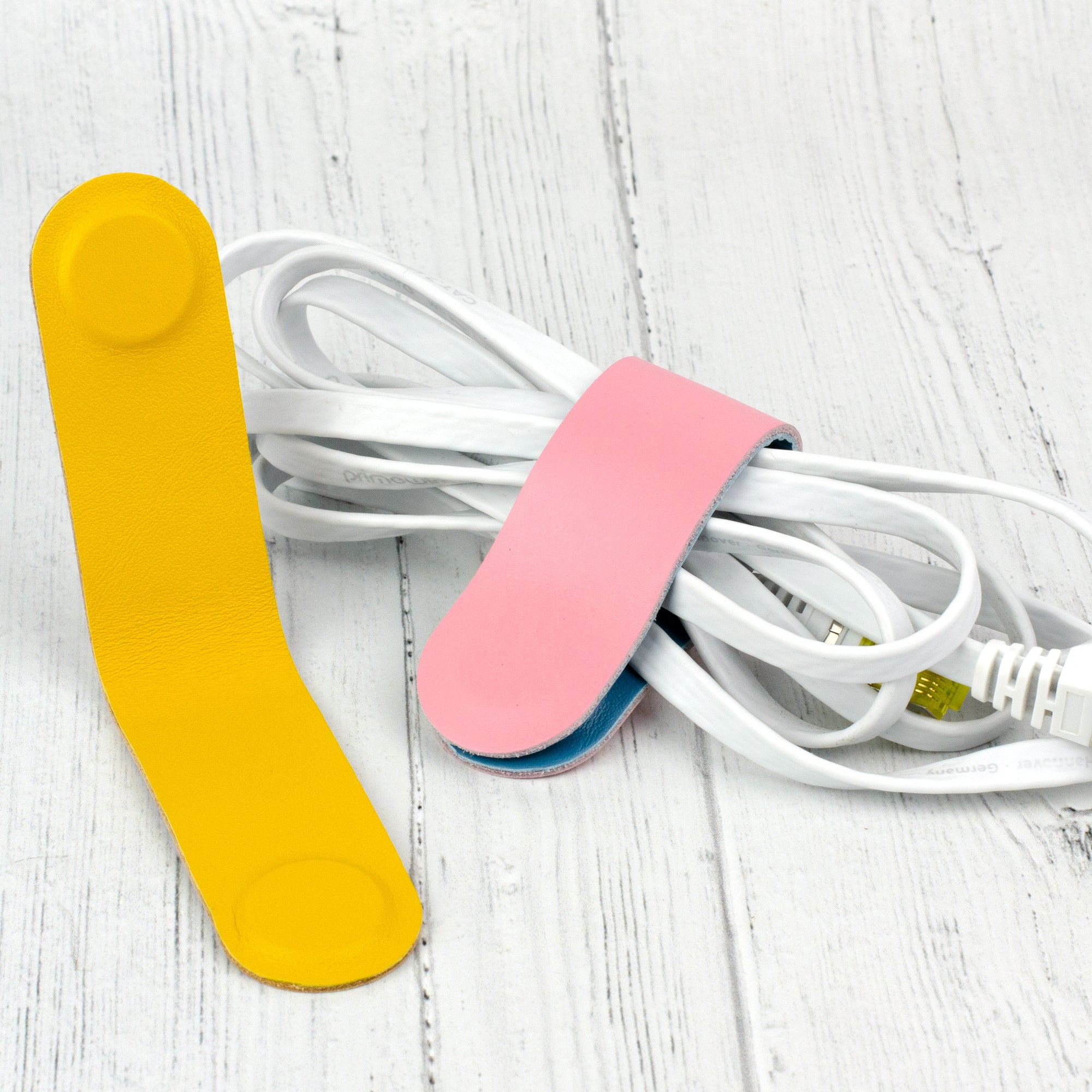 large magnetic cable tidy
