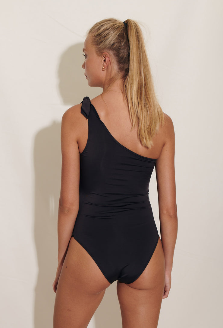 elegant asymmetrical Manon swimsuit. Sustainable swimwear