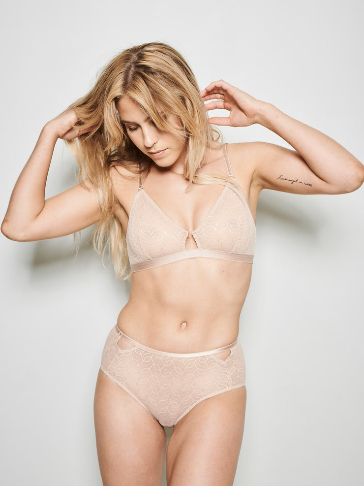VIVI TRIANGLE BRA WARM BEIGE