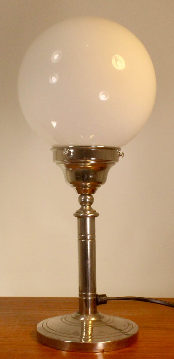 Art deco lampa