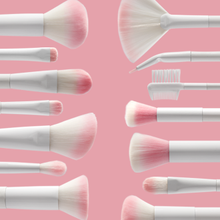 Load image into Gallery viewer, Wet n Wild Blush Brush