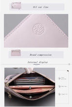 Load image into Gallery viewer, Vintage Style Peony Flower Design Leather Clutch Wallet