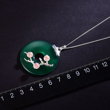 Load image into Gallery viewer, Sterling Silver Green Agate Flower Pendant