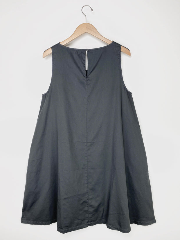 sleeveless a-line pocket dress