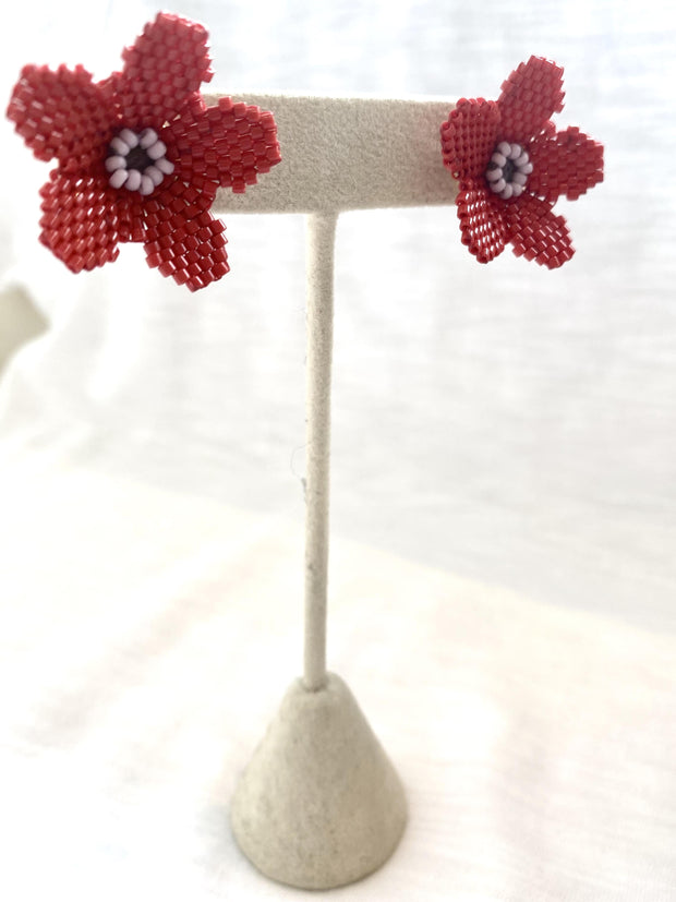 daisy earring - coral