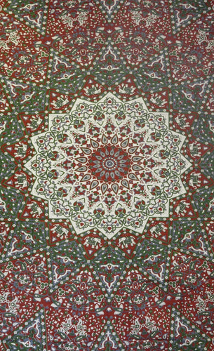 Tapestries India Star Mandala - Red and Green - Tapestry 009701