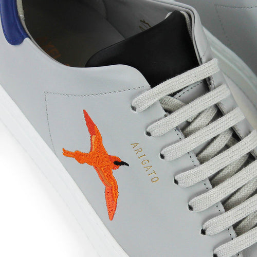 Axel Arigato - Clean 90 Triple Bee Bird Trainers in Grey/Blue