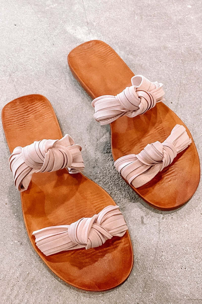 Twisty Flat Sandal- Blush
