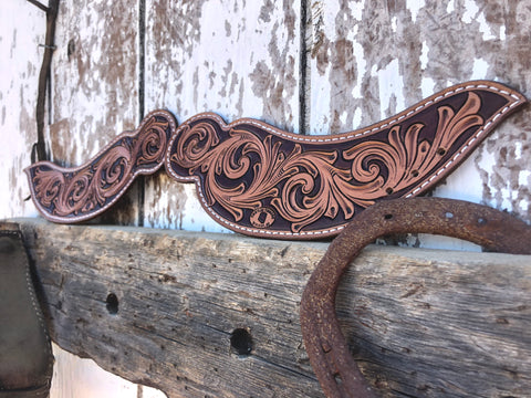 Tooled Dove Wing Spur Straps