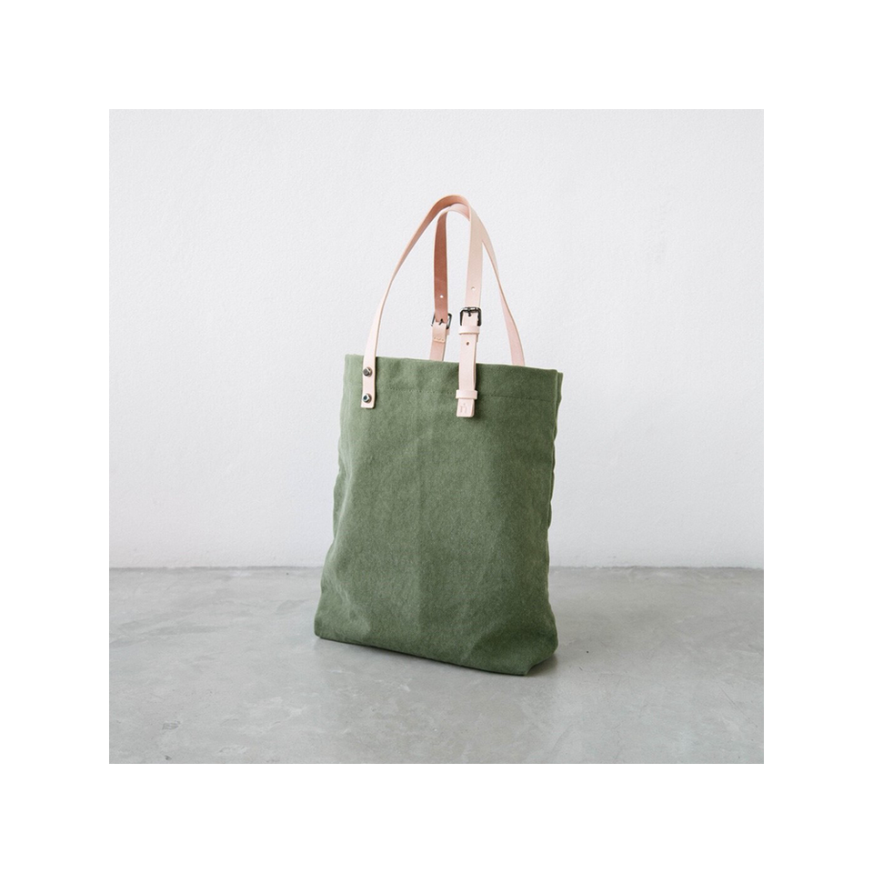 NIN LIFESTYLE NL The Steinbeck Tote - Olive Green | the OBJECT ROOM
