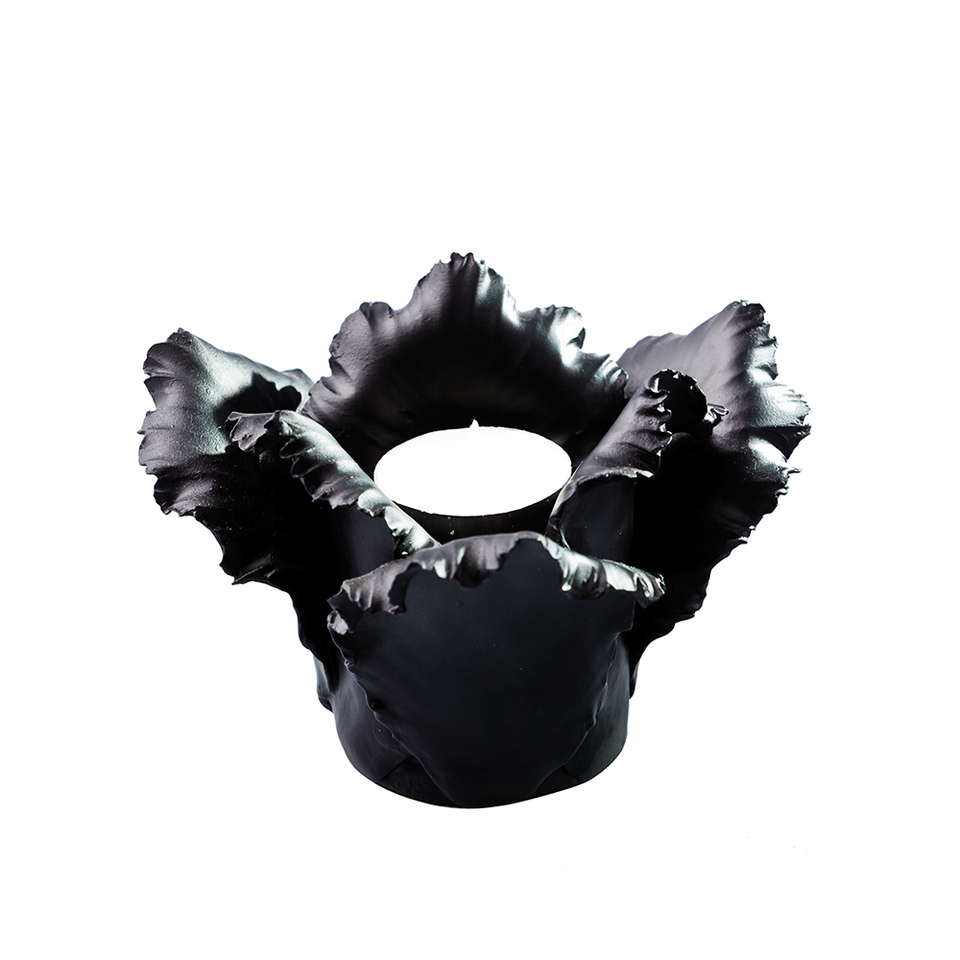 KIDDEE TAMDEE Daffodil Candle Holder - Black | the OBJECT ROOM