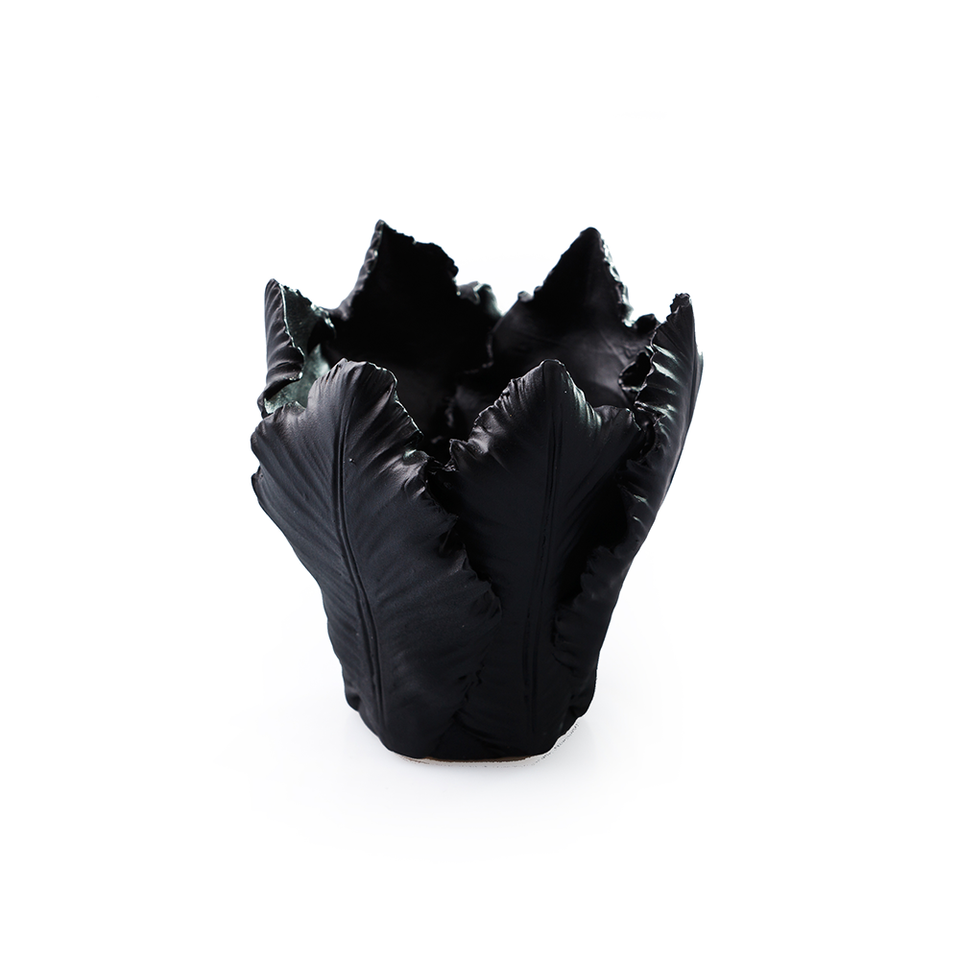 KIDDEE TAMDEE Leaf Candle Holder S - Black | the OBJECT ROOM