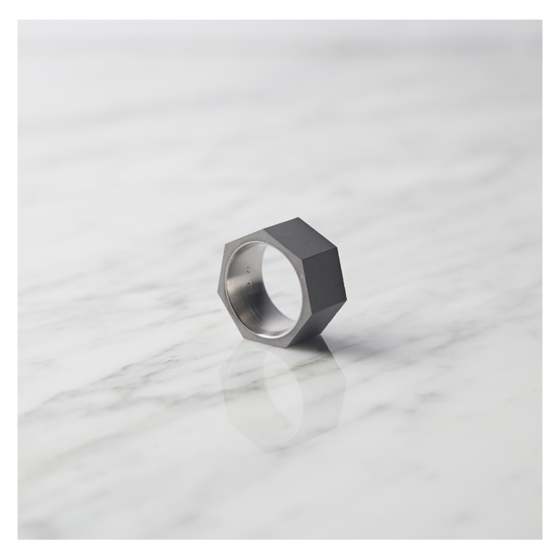 22 DESIGN STUDIO Concrete Ring - Seven | the OBJECT ROOM