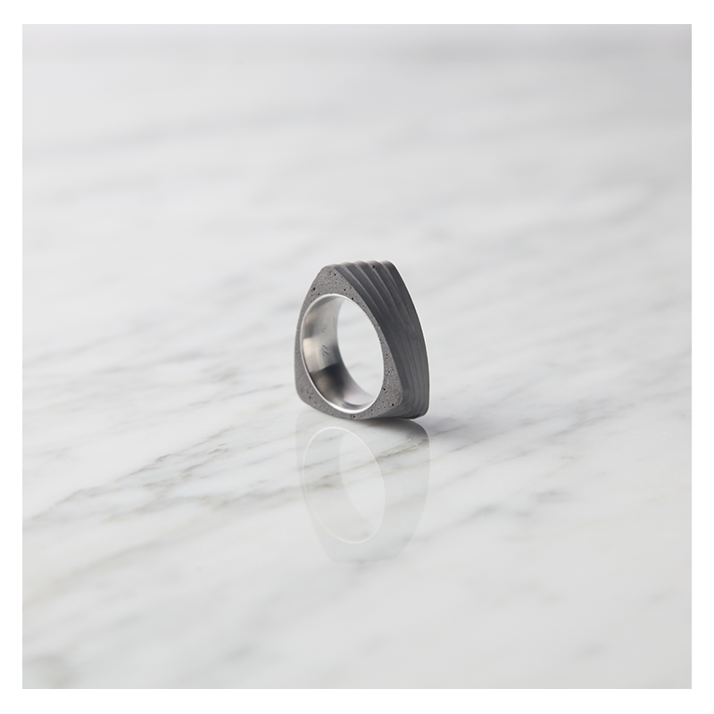 22 DESIGN STUDIO 22DS Concrete Ring - Twist | the OBJECT ROOM