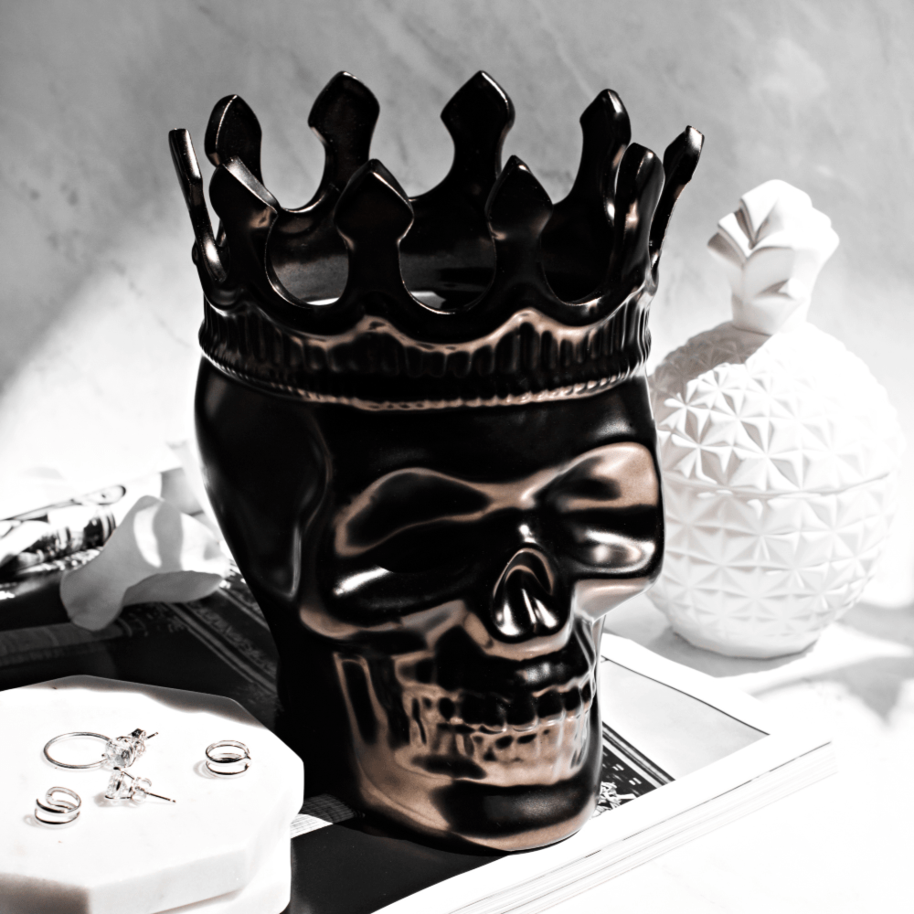 Thompson Ferrier Gunmetal skull candle with crown and 1 wick