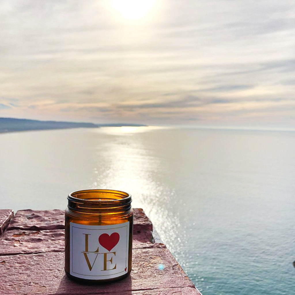 Thompson Ferrier Love In Gardenia candle