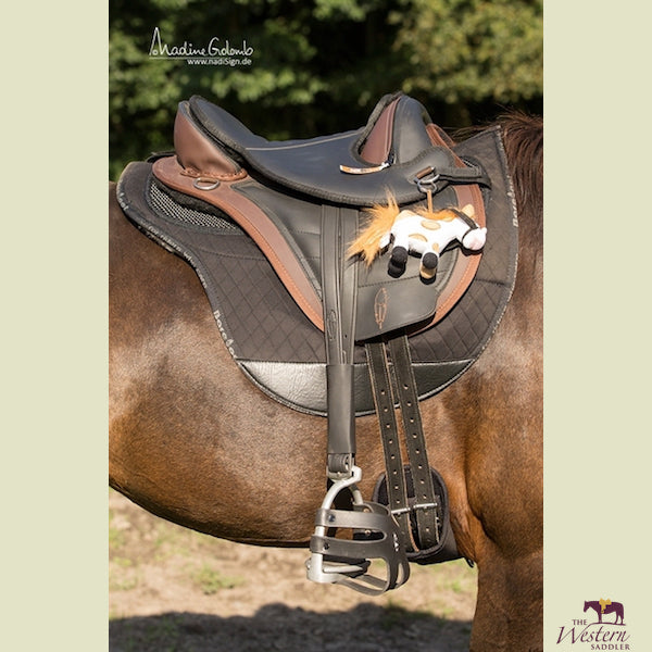 Barefoot® Cheyenne Barry Children's Saddle