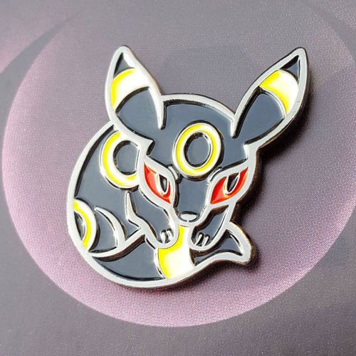 Umbreon Enamel Pin