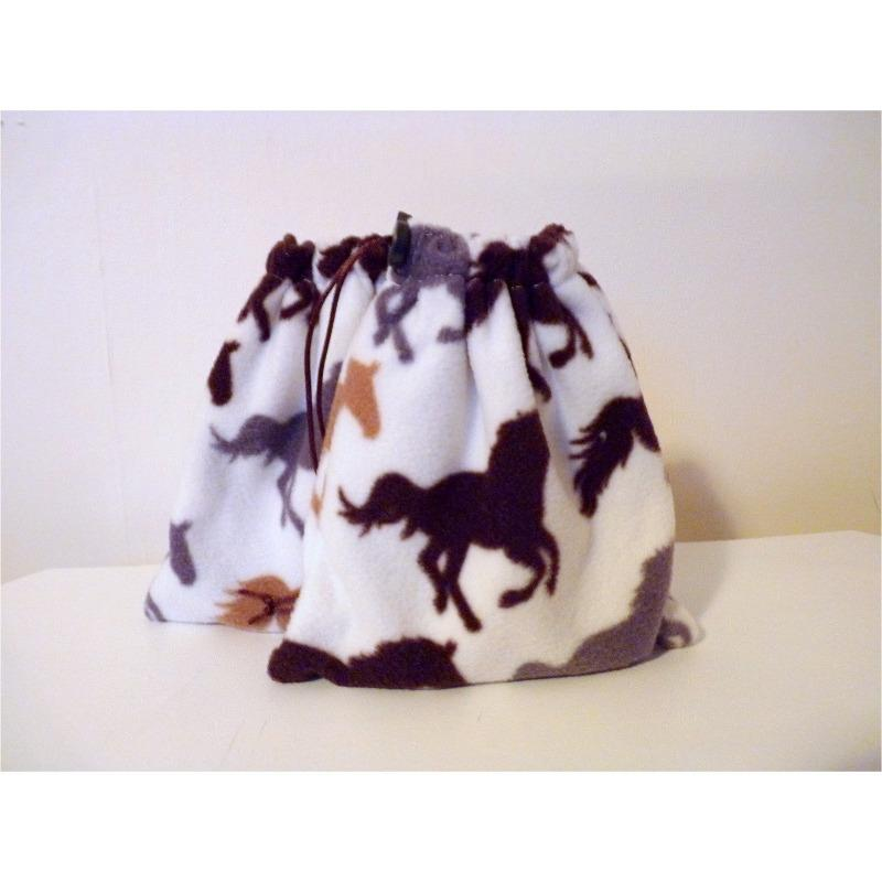 English stirrup iron covers, stirrup bags (1 pair) - cream horse print