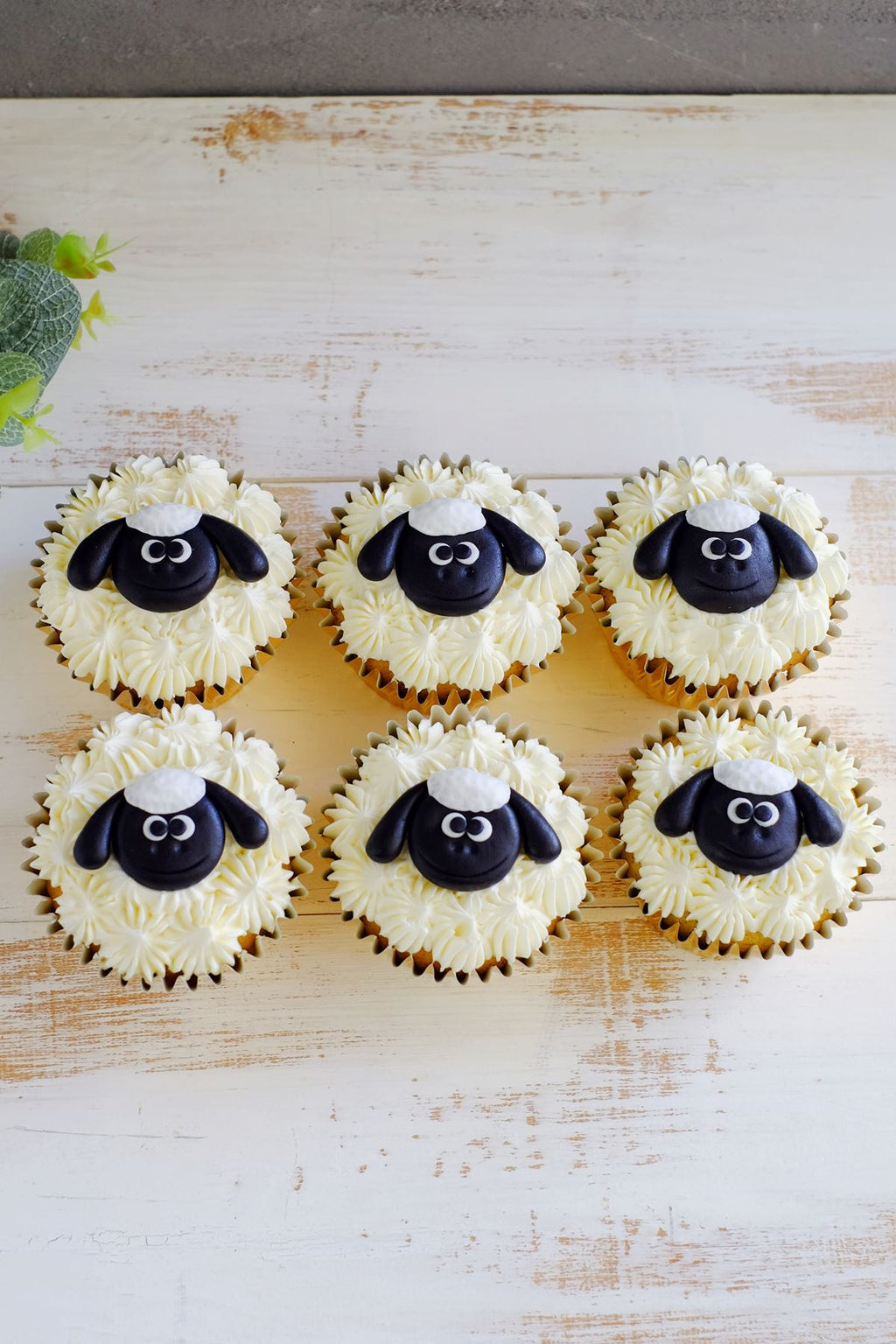 Little Sheep Cupcakes ($7.50/Pc)
