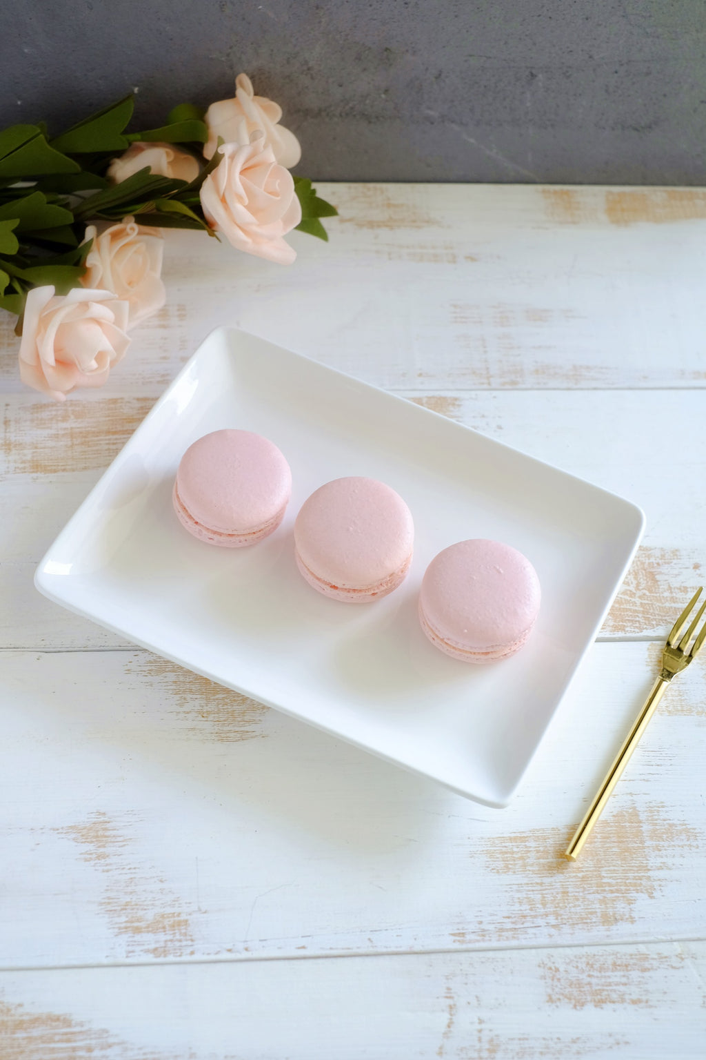 Rose Macarons (From $2/Pc)