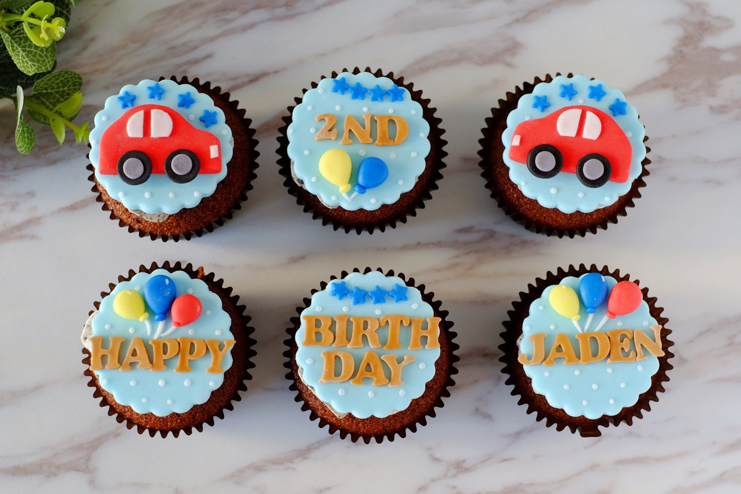 Car Fondant Cupcakes (Abt $5.80/Pc)