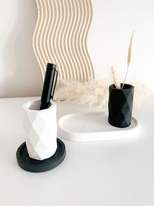 Geometric Pot - Black