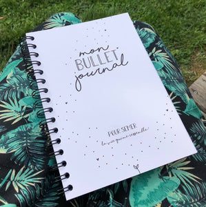 Bullet Journal by LITTLE DOTS 1.3. 150 pages