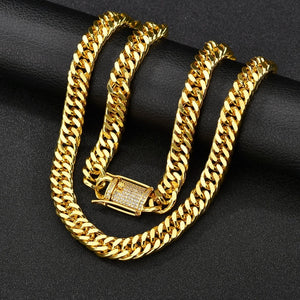 ICED OUT CUBAN LINK CHAIN GOLD 18K