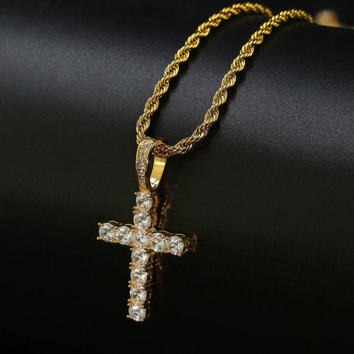CROSS PENDANT NECKLACE GOLD 18K DIAMOND