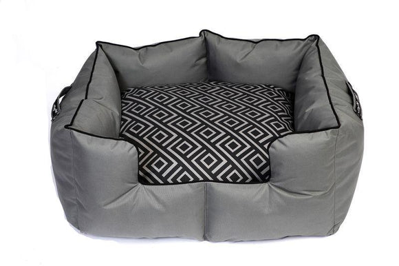 Wagworld K9 Castle - Extra Large - Grey and Black Geo