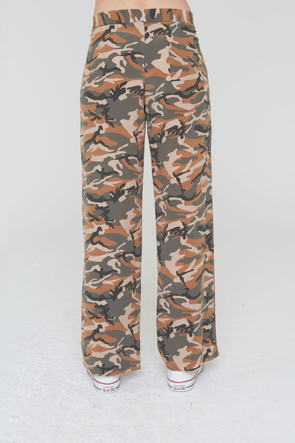 Abel Silk Pants in Olive Camouflage Print