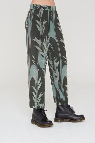 Kaden Silk Pants in Mystic Creek print