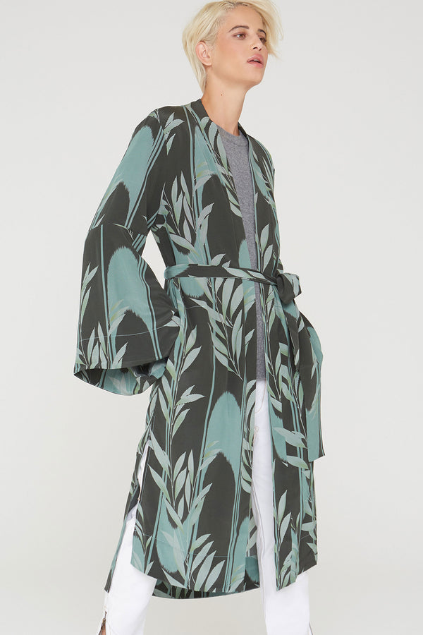 Kimora Silk duster in Mystic Creek print