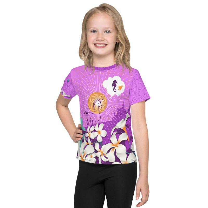 Lovely pink & lila shirt with unicorns & seahorses, radiant francipani flower and a castle