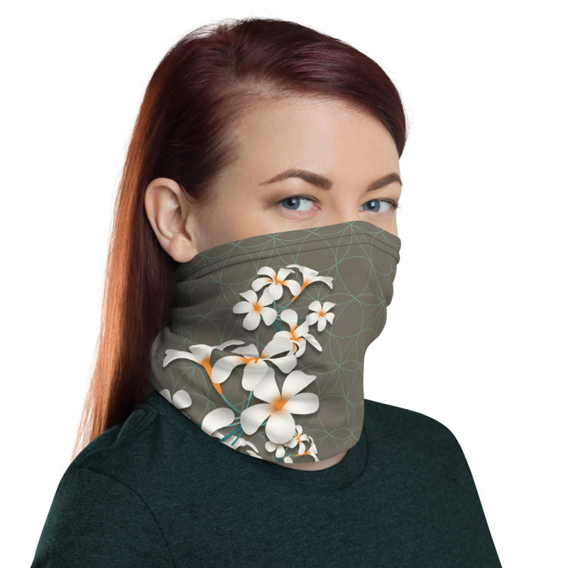 """BREATHE"" neck gaiter by MOKSHAMAN® in Khaki & Mint"