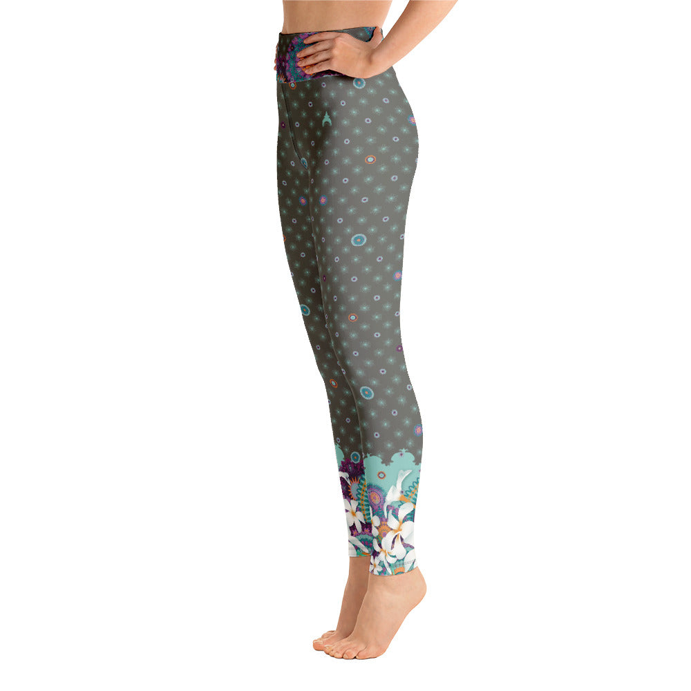 Vibrant Yoga Leggings by MOKSHAMAN® in colored khaki